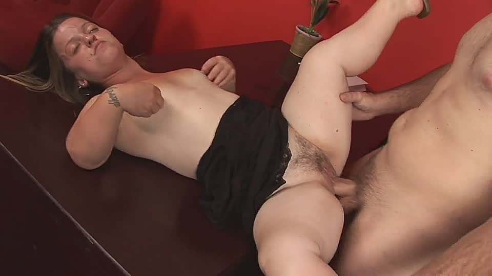 Perverted fucking of a person of short stature - HD-Easyporn.com